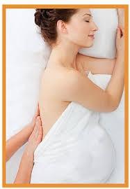 Hieronta on turvallista koko raskauden ajan ja äidin hyvä, rentoutunut olo välittyy myös vatsassa olevaan vauvaan